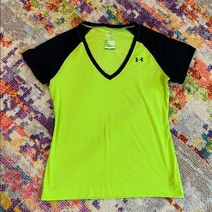 Under Armour v-neck high vise shirt